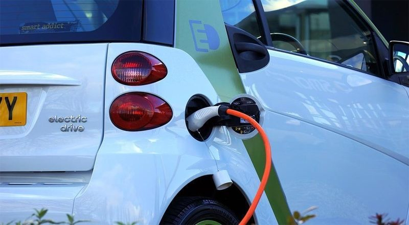 Electric vehicles and renewable energy to aid growth and development in Maharashtra