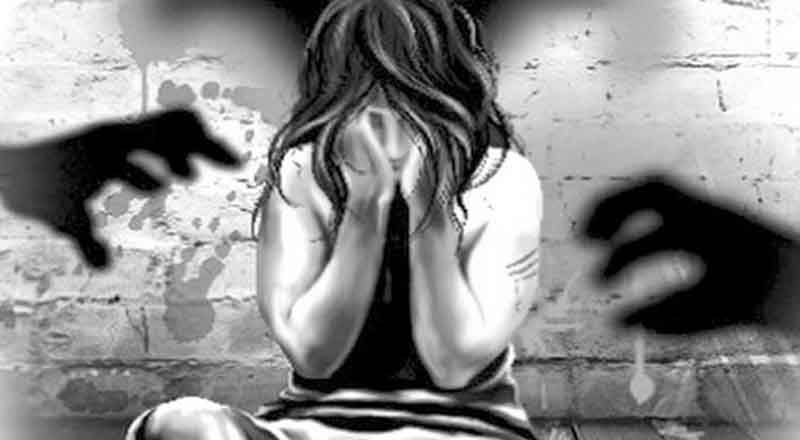 Doctor rapes girlfriend, films her in toilet to blackmail her – spoindia